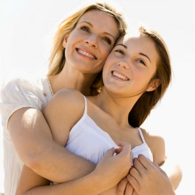 Image of a mother and daughter who enjoy family dentistry in Centennial, CO
